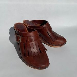 Madewell Brown Leather Kiltie Clogs Size 6